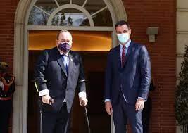 Guatemala adquiere cinco hospitales Covid-19 de campaña en España