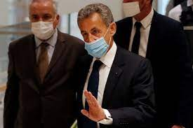 Piden seis meses de cárcel para Nicolas Sarkozy por superar gastos de campaña